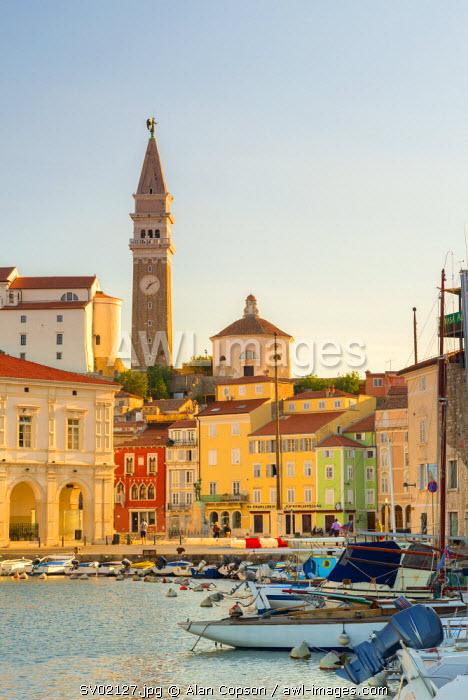 Slovenia, Primorska, Piran, Old Town Harbour, Church of St. George (Cerkev sv. Jurija) in background