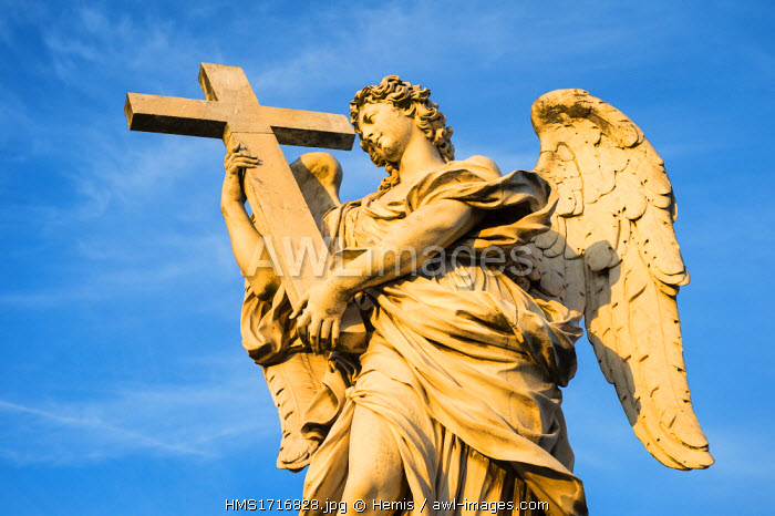 Italy, Lazio, Rome, historical centre listed as World Heritage by UNESCO, Ponte Sant'Angelo and the ten Bernini angel's holding instruments of the Passion