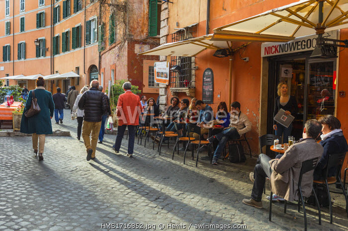 Italy, Lazio, Rome, historical centre listed as World Heritage by UNESCO, Trastevere district on the right bank of the Tiber river