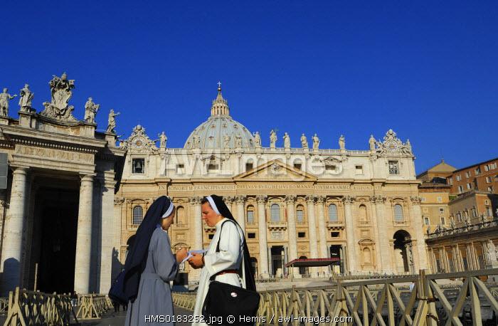 Italy, Lazio, Rome, Basilica di San Pietro in Vaticano (Saint Peter's Basilica)
