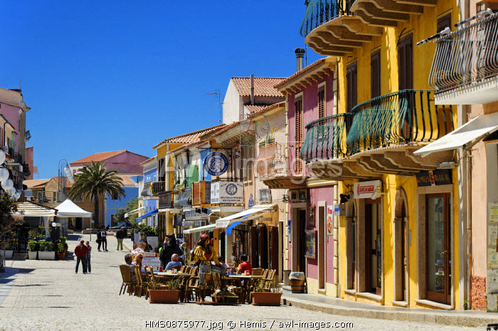 Italy, Sardinia, Olbia Tempio Province, Santa Teresa Gallura, Via XX Settembre, row of shops on a pedestrian street in the historic center