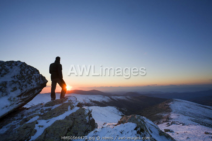 Italy, Sardinia, Nuoro province, Desulo, sunset since the Punta La Marmora snow in the Gennargentu mountains, highest point of Sardinia with 6017 feet high