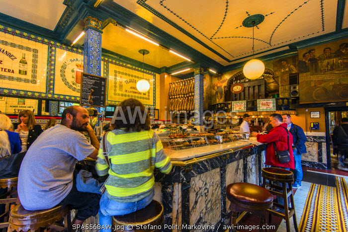 awl-images.com - Spain / Interior of the historic Cafe Iruna established in 1903, Bilbao, Basque Country, Spain