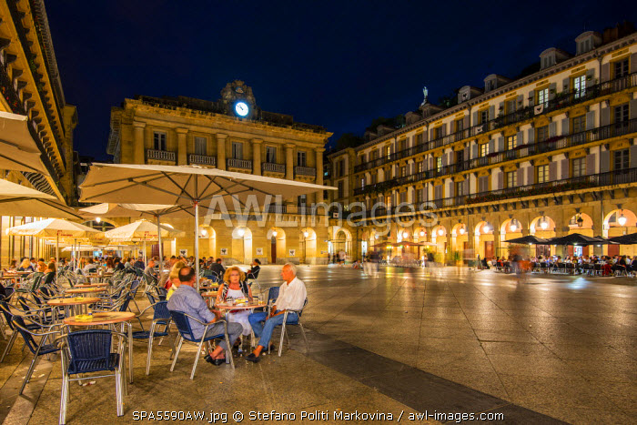 awl-images.com - Spain / Plaza de la Constitucion by night, Donostia San Sebastian, Gipuzkoa, Basque Country, Spain