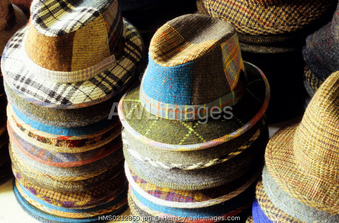 awl-images.com - Ireland / Republic of Ireland, Dublin county, Dublin, Kevin & Howlin, shop selling handwoven Irish tweed goods, hats
