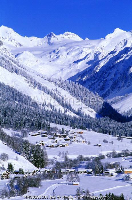awl-images.com - Switzerland / Switzerland, canton of Grisons, Klosters, general view on Klosters Platz
