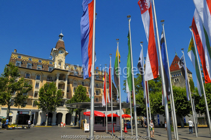Switzerland, Canton of Vaud, Lausanne, flags on the Place de la Navigation