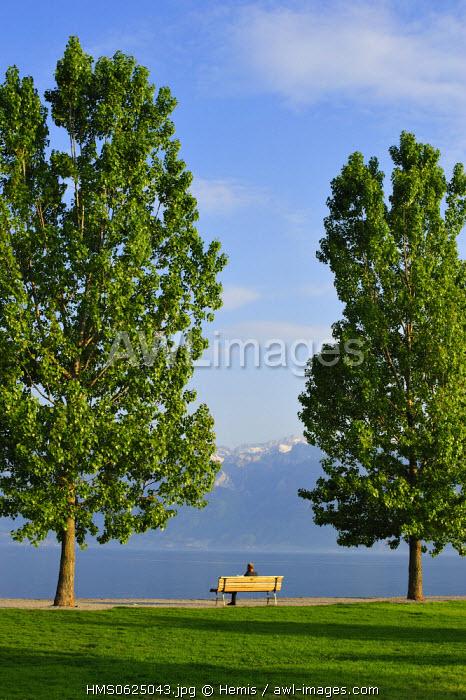 Switzerland, Canton of Vaud, Lake Geneva, Cully, the lake promenade