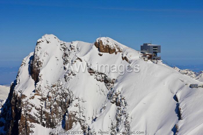 Switzerland, Canton of Vaud, Col de Pillon, Glacier 3000, cablecar (architect: Mario Botta)