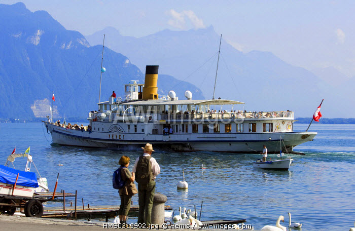 Switzerland, canton of Vaud, Vevey, Lake Geneva, Vevey Quay and Leman steam boat
