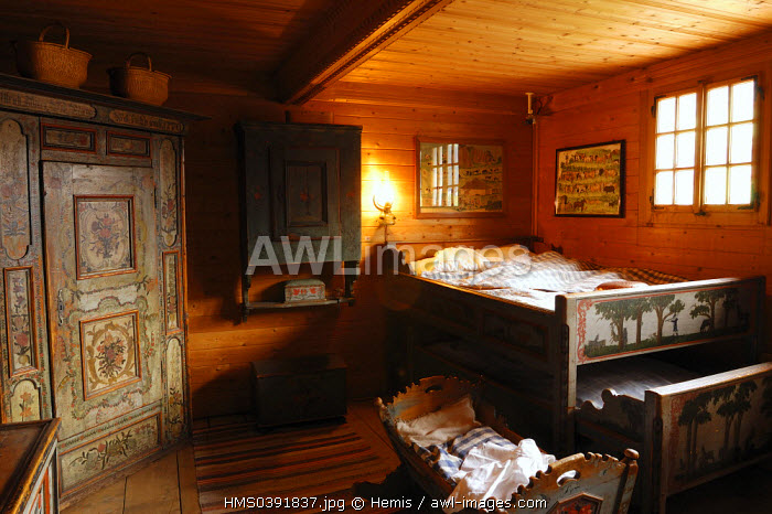 Switzerland, Canton of Vaud, Pays D'enhaut, Chateau d'Oex, museum of the old traditional, traditional bedroom of the chalet