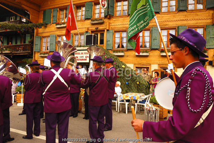 Switzerland, Canton of Vaud, Pays D'enhaut, Rossiniere, festival of the Youth Shooting contest, brass band