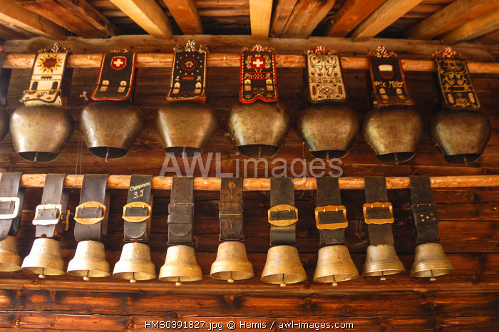 Switzerland, Canton of Vaud, Pays D'enhaut, Rossiniere, chez Pipo au high mountain pasture chalet in Combarin, cowbells