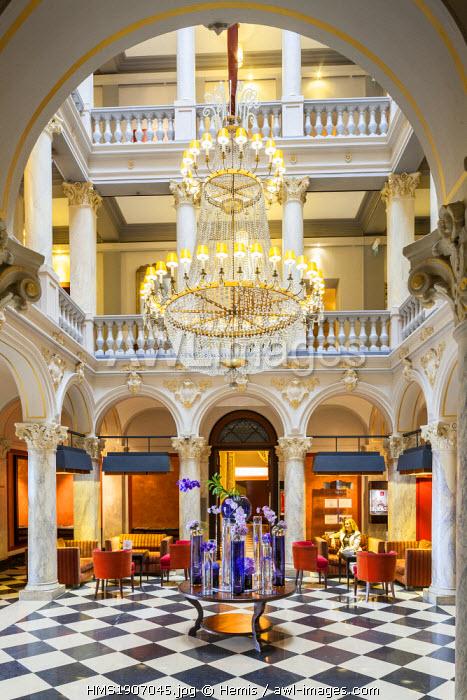 Switzerland, Geneva, Quai du Mont Blanc, Hotel de la Paix, lobby