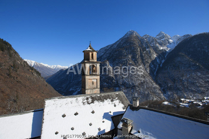 Switzerland, Ticino, Valle Maggia, Bosco Gurin village