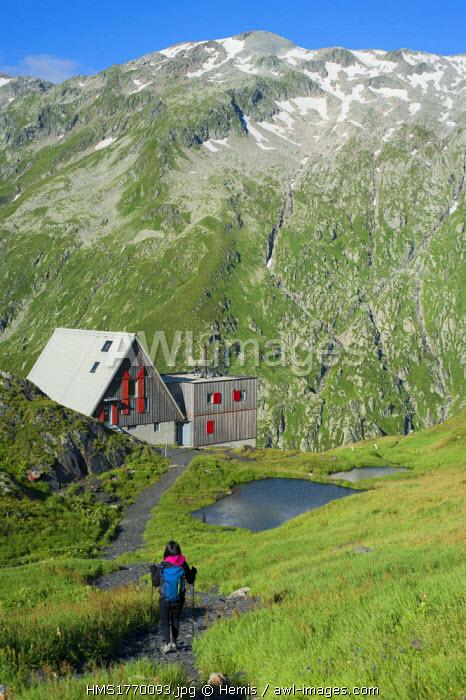 Switzerland, Ticino, trekking to Capanna Scaletta
