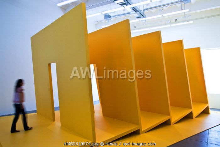 Switzerland, Zurich, Haus Konstruktiv Museum, exhibition on Gianni Colombo, main Italian creator of the kinetic light art, work of art entitled Bariestesia