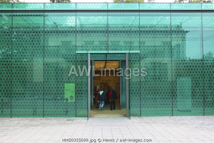 Switzerland, Zurich, Rietberg Museum exhibiting Asian, African, American and Oceanian Art, entrance of the extension inaugurated in 2007