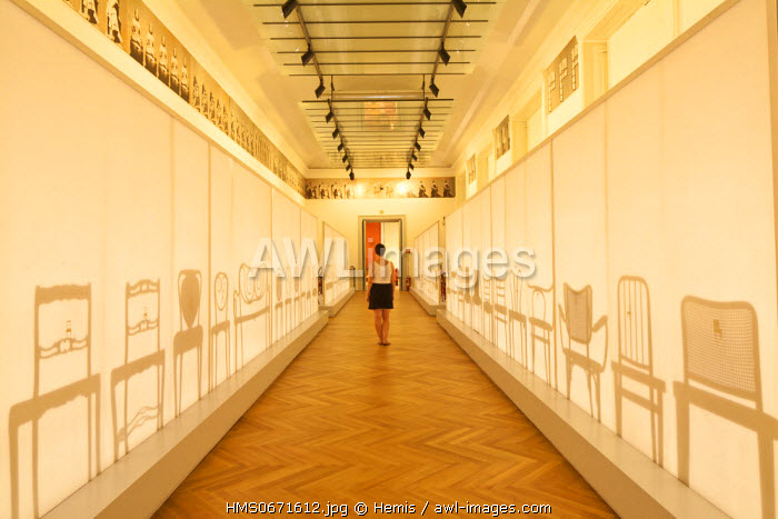 Vienna, Austria, Museum for Applied Arts (MAK), one of the oldest in Europe, founded in 1864, exhibition of wooden chairs by Thonet, from 1830 to 1930, with a scenography by artist Barbara Bloom