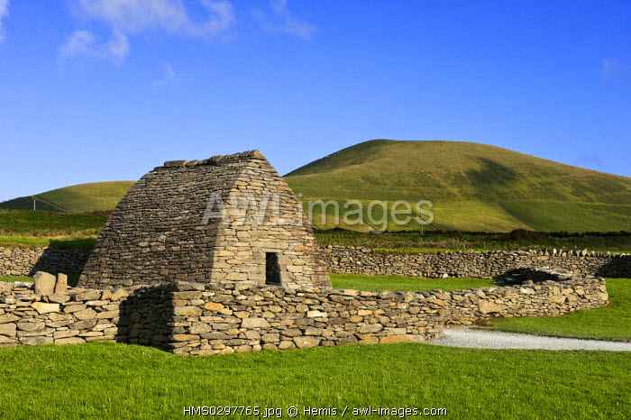 Republic of Ireland, Kerry County, Dingle Peninsula, Oratory of Gallarus