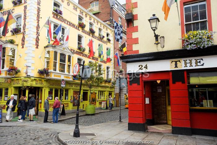 Republic of Ireland, Dublin, Temple Bar District, Saint-John Cogarty pub