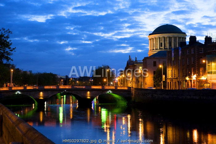 Republic of Ireland, Dublin, Four Courts, Four Courts at night (court of justice)
