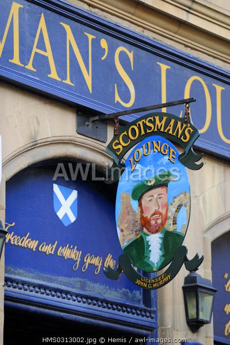 United Kingdom, Scotland, Edinburgh, listed as World Heritage by UNESCO, old town, pub in cockburn street