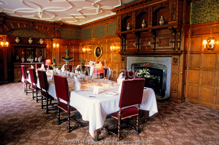 United Kingdom, Cornwall, Bodmin, Lanhydrock House, the dining room