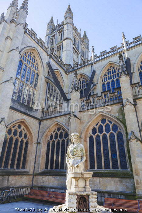 England, Somerset, Bath, Water Fountain and Cathedral