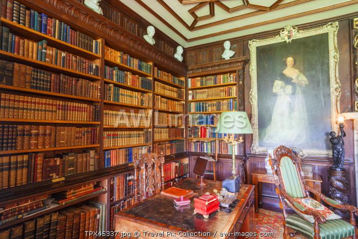 England, Hampshire, Basingstoke, The Vyne Estate, The Library Room