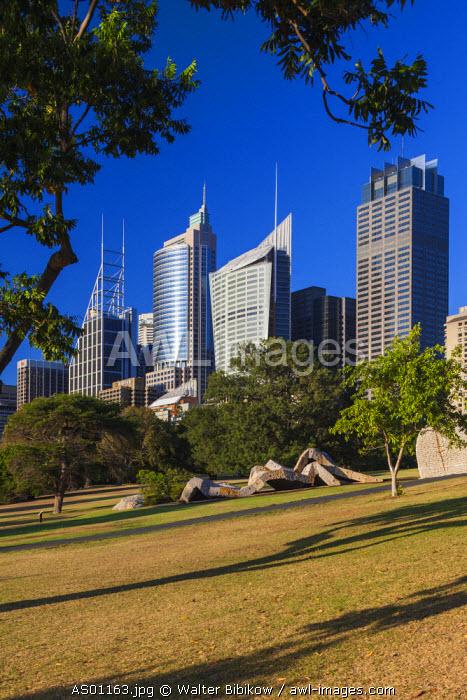 Australia, New South Wales, NSW, Sydney, CBD, Central Business District high rise buildings on Macquarie Street, dawn