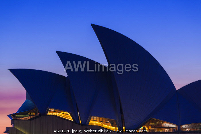 Australia, New South Wales, NSW, Sydney, Circular Quay, Sydney Opera House, dawn