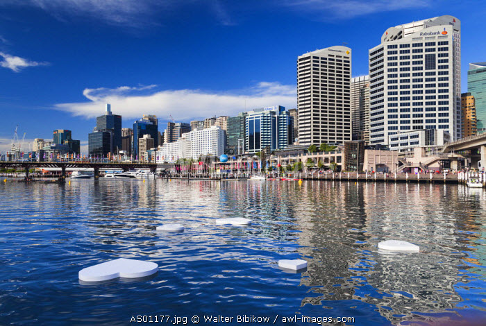Australia, New South Wales, NSW, Sydney, Darling Harbour, floating heart sculptures  in Cockle Bay for Valentine's Day