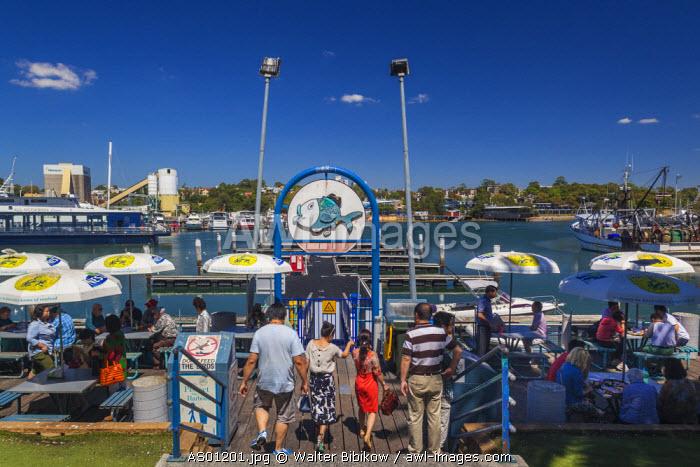 Australia, New South Wales, NSW, Sydney, Sydney Fish Market, outdoor diging