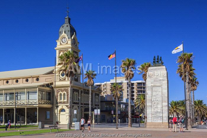 Australia, South Australia, Gelnelg, Glenelg Town Hall and War Memorial