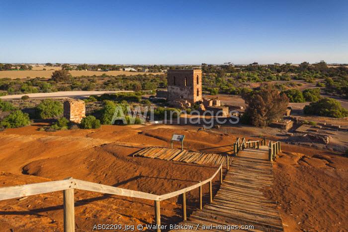 Australia, South Australia, Yorke Peninsula, Moonta, former copper-mining boom town, Moonta Mines, Richman's Engine House and Richman's Trailing Heap, slag heap