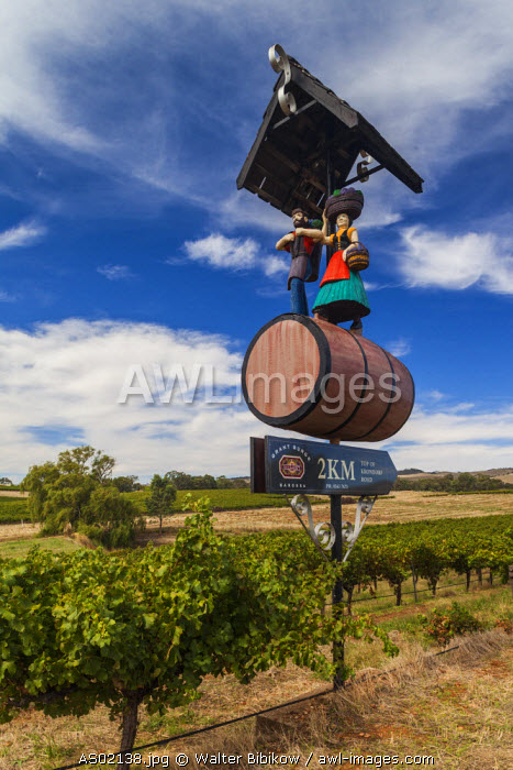Australia, South Australia, Barossa Valley, Tanunda, Grant Burge Winery, sign