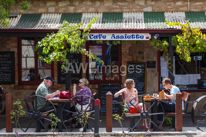 Australia, South Australia, Adelaide Hills, Hahndorf, German-themed village, Cafe Assiette, outdoor cafe