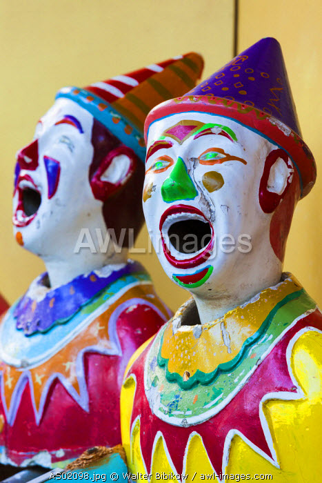 Australia, South Australia, Adelaide, Rundle Park, The Garden of Unearthly Delights, clown heads at water gun concession