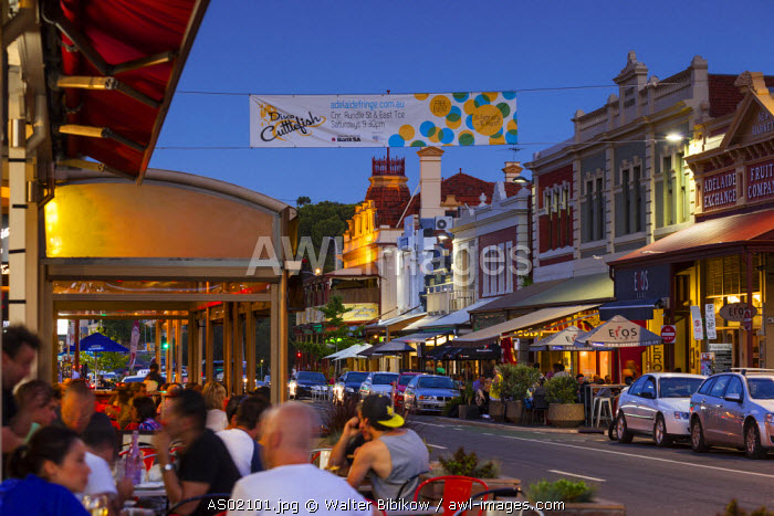 Australia, South Australia, Adelaide, Rundle Street cafes, evening