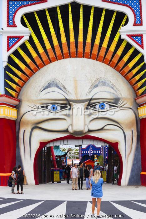Australia, Victoria, VIC, Melbourne, St. Kilda, entrance to Luna Park Melbourne