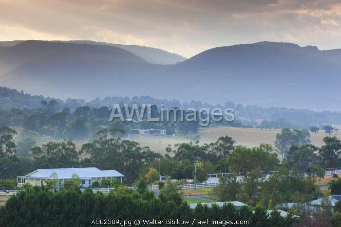 Australia, Victoria, VIC, Yarra Valley, Healesville, landscape, dawn