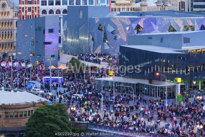 Australia, Victoria, VIC, Melbourne, Federation Square, elevated view, dusk