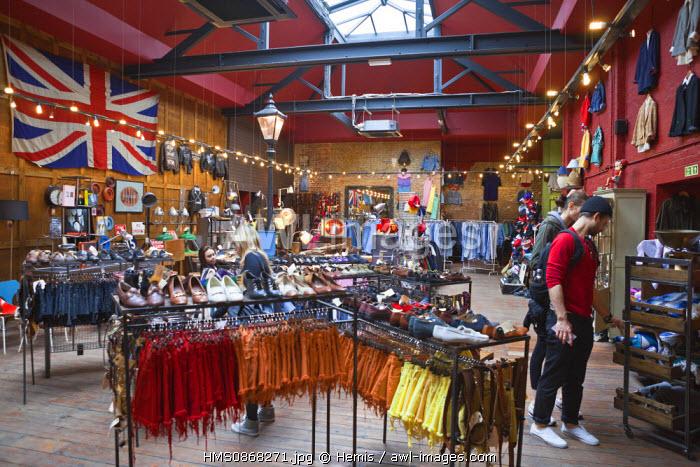 United Kingdom, London, East End district, Brick Lane, vintage store Blitz