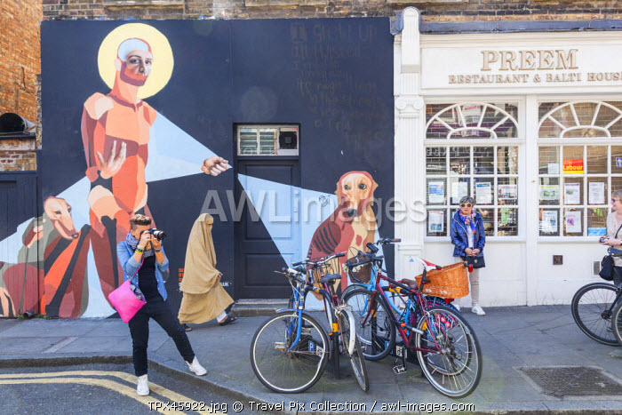 England, London, Tower Hamlets, Brick Lane, Wall Art