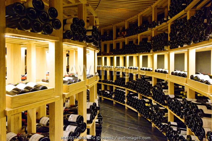 Spain, Extremadura, Caceres, San Mateo square, Parador of tourism, wine cellar circular