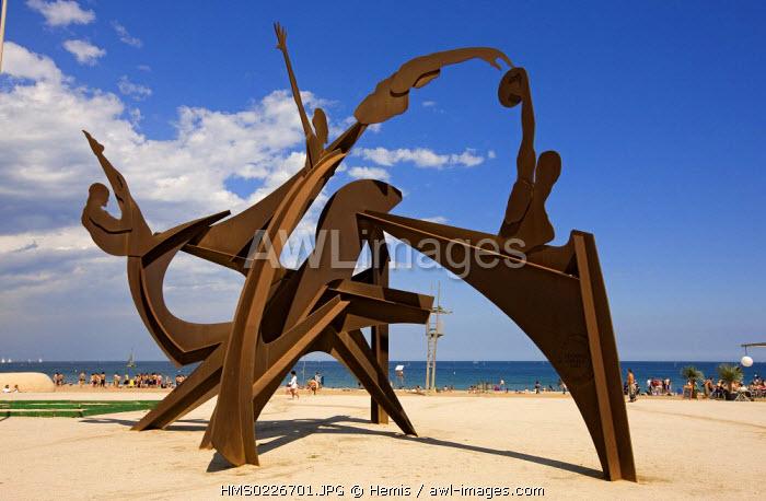 Spain, Catalunya, Barcelona, Barceloneta beach, sculpture
