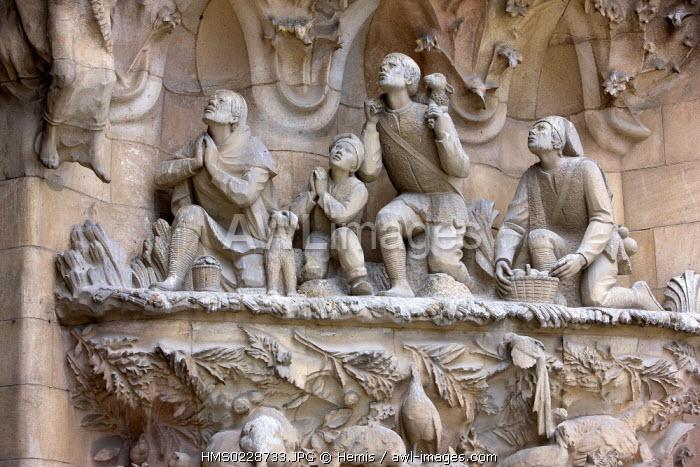 Spain, Catalunya, Barcelona, Sagrada Familia unachieved church by architect Antoni Gaudi, listed as World Heritage by UNESCO