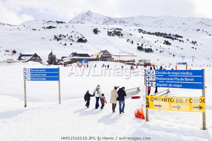 Spain, Catalonia, Lleida province, Aran valley, winter resort of Baqueira-Beret