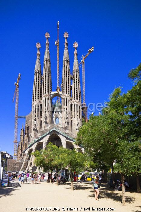 Spain, Catalonia, Barcelona, the Sagrada Familia by architect Antoni Gaudi, listed as World Heritage by UNESCO